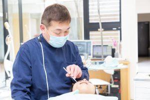 一般歯科と並行治療ができる