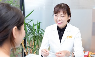 矯正治療と一般歯科治療が一緒に受けられる歯科医院です